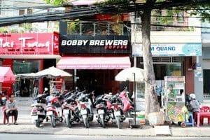 Bar Saigon Bobby Brewers