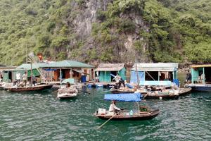 Partir seul-Van Phong bay- fisherman