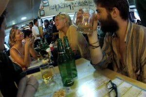 Entre amis aux Leopold Cafe