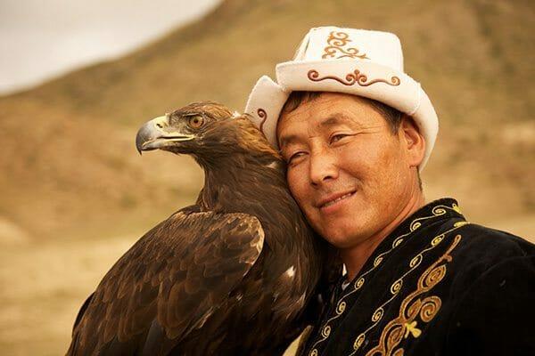 Kirghizstan aigle et maître