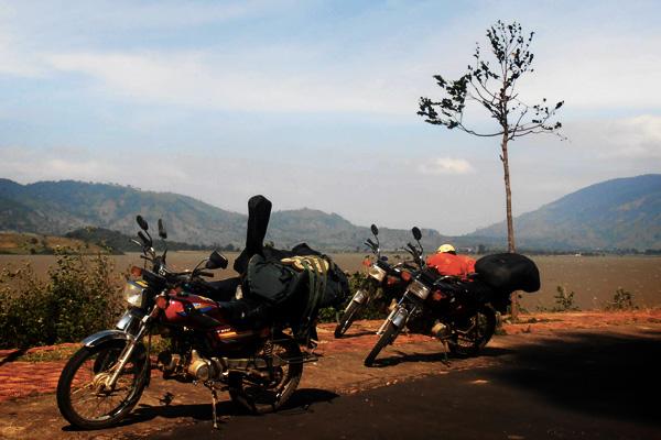 Moto au bord de route au Vietnam
